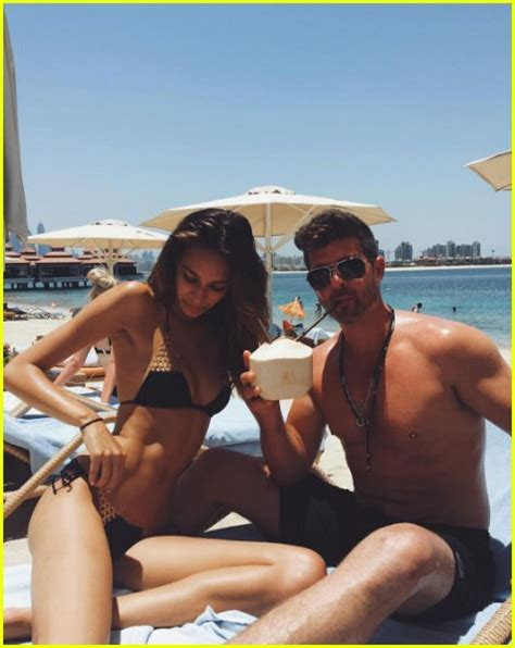 Robin Thicke & Girlfriend April Love Geary Share Steamy
