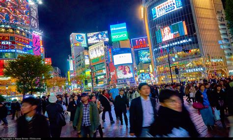 The 5 phases of adjusting to life in Japan (from a Western