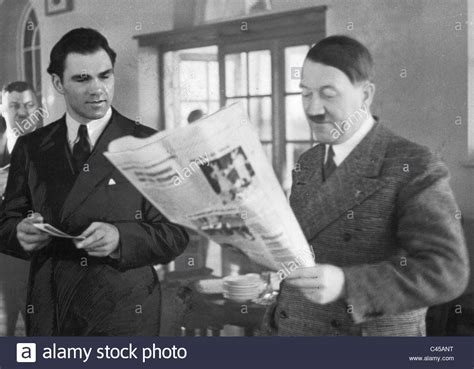 Max Schmeling with Adolf Hitler, 1936 Stock Photo - Alamy