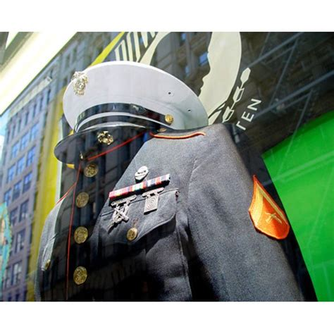 How to Identify Branches of Military Uniforms | Synonym