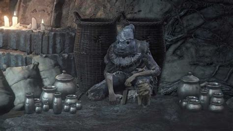 Dark Souls 3 player hides from invaders by dressing as NPC
