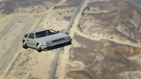 Remove Wings option for the Deluxo - GTA5-Mods