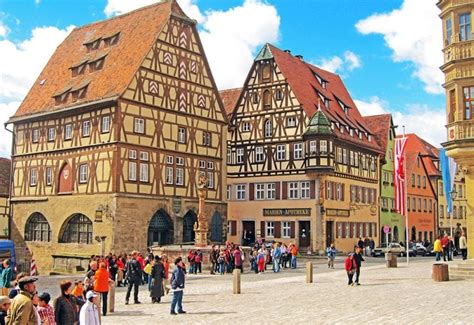 Most Livable City in the World | Munich Travel Guide