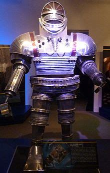 Robot (Doctor Who) - Wikipedia