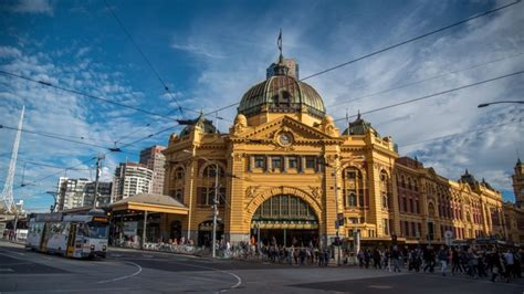 Melbourne goes from 'most liveable city' to congested mess