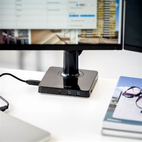 USB & Monitor Docking Station   M/Connect   Humanscale